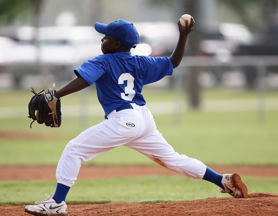 private baseball lessons, baseball training houston, baseball camp, softball camp, pitching camp, batting cages houston
